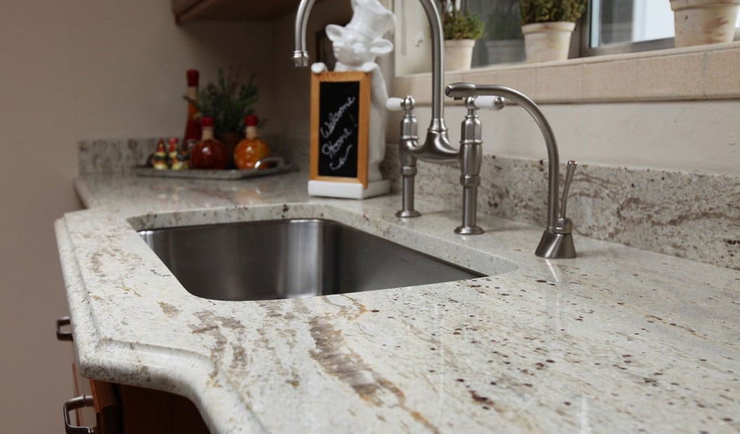 Granite vs. Quartz: Which is Right for Your Home?